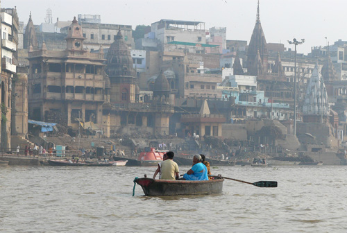rio ganges varanasi india